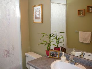 """Photo 8: 33712 APPS Court in Mission: Mission BC House for sale in """"HILLSIDE/CHERRY RIDGE"""" : MLS®# F1005003"""