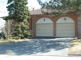 Photo 14: 15 Coronation Drive in Toronto: House (Backsplit 4) for sale (E08: TORONTO)  : MLS®# E1823441