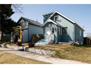 Photo 2: 300 Albany Street in WINNIPEG: St James Residential for sale (West Winnipeg)  : MLS®# 1006815