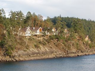 "Photo 3: 2311 MacKinnon Road: Pender Island Condo for sale in ""Currents At Otter Bay"" (Islands-Van. & Gulf)"