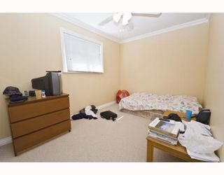 Photo 6: 1528 E PENDER Street in Vancouver: Hastings House 1/2 Duplex for sale (Vancouver East)  : MLS®# V773949