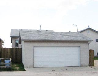 Photo 2: 1105 DEVONSHIRE Drive West in WINNIPEG: Transcona Residential for sale (North East Winnipeg)  : MLS®# 2811369