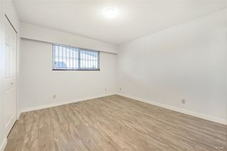 Photo 8: 2418 E 54TH Avenue in Vancouver: Fraserview VE House for sale (Vancouver East)  : MLS®# R2396451