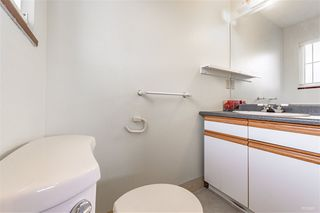 Photo 10: 2418 E 54TH Avenue in Vancouver: Fraserview VE House for sale (Vancouver East)  : MLS®# R2396451