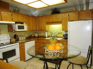 Photo 14: 103 19236 FORD ROAD in EMERALD PARK: Home for sale