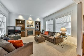 Photo 2: 18568 66A AVENUE in Cloverdale: Home for sale : MLS®# R2034217