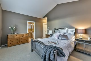 Photo 13: 18568 66A AVENUE in Cloverdale: Home for sale : MLS®# R2034217