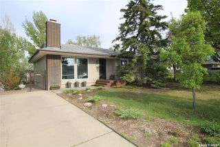 Photo 1: 529 Dalhousie Crescent in Saskatoon: West College Park Residential for sale : MLS®# SK810579