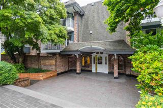 Photo 1: 313 3875 W 4TH AVENUE in Vancouver: Point Grey Condo for sale (Vancouver West)  : MLS®# R2468177