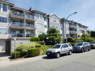 """Photo 3: 311 33599 2ND Avenue in Mission: Mission BC Condo for sale in """"STAVE LAKE LANDING"""" : MLS®# R2476170"""