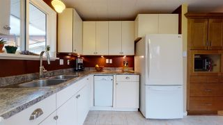 Photo 11: 41551 BRENNAN Road in Squamish: Brackendale 1/2 Duplex for sale : MLS®# R2520579
