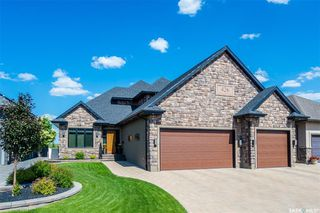Photo 2: 426 Nicklaus Drive in Warman: Residential for sale : MLS®# SK836000