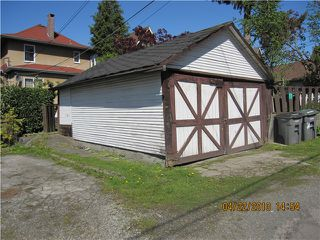 Photo 3: 1536 E 13TH Avenue in Vancouver: Grandview VE House for sale (Vancouver East)  : MLS®# V825354