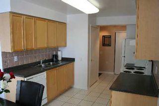 Photo 4: 33 650 W Lawrence Avenue in Toronto: Condo for sale (C04: TORONTO)  : MLS®# C1854471