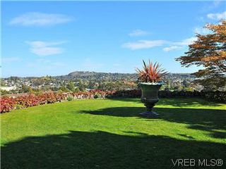 Photo 18: 206 2920 Cook St in VICTORIA: Vi Mayfair Condo for sale (Victoria)  : MLS®# 560489