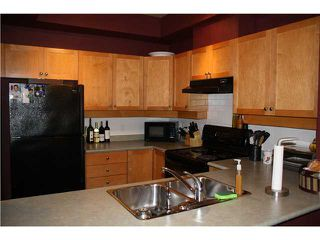 """Photo 2: 108 38 7TH Avenue in New Westminster: GlenBrooke North Condo for sale in """"ROYCROFT"""" : MLS®# V867715"""