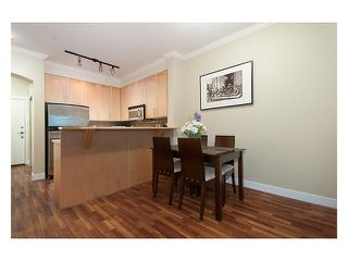 "Photo 3: 1109 4655 VALLEY Drive in Vancouver: Quilchena Condo for sale in ""ALEXANDRA HOUSE I"" (Vancouver West)  : MLS®# V868004"