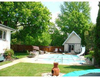 Photo 2: 39 HALIBURTON Bay in WINNIPEG: Westwood / Crestview Residential for sale (West Winnipeg)  : MLS®# 2810742