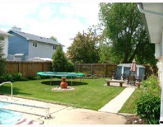 Photo 3: 39 HALIBURTON Bay in WINNIPEG: Westwood / Crestview Residential for sale (West Winnipeg)  : MLS®# 2810742