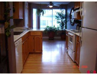 """Photo 6: 32339 7TH Ave in Mission: Mission BC Townhouse for sale in """"CEDAR BROOK ESTATES"""" : MLS®# F2620939"""