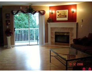 """Photo 2: 32339 7TH Ave in Mission: Mission BC Townhouse for sale in """"CEDAR BROOK ESTATES"""" : MLS®# F2620939"""