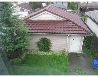 Photo 3: 756 W 68TH Avenue in Vancouver: Marpole House 1/2 Duplex for sale (Vancouver West)  : MLS®# V740271