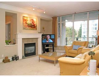 "Photo 2: 320 4685 VALLEY Drive in Vancouver: Quilchena Condo for sale in ""MARGUERITE HOUSE I"" (Vancouver West)  : MLS®# V753054"