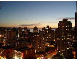 """Photo 2: 2102 1155 SEYMOUR Street in Vancouver: Downtown VW Condo for sale in """"BRAVA"""" (Vancouver West)  : MLS®# V756827"""