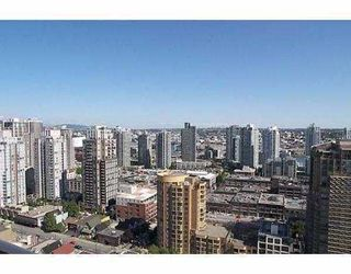 """Photo 3: 2102 1155 SEYMOUR Street in Vancouver: Downtown VW Condo for sale in """"BRAVA"""" (Vancouver West)  : MLS®# V756827"""