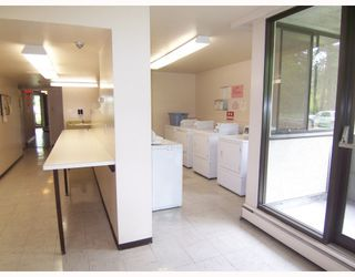 Photo 9: 504 4105 IMPERIAL Street in Burnaby: Metrotown Condo for sale (Burnaby South)  : MLS®# V766793