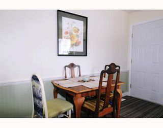 Photo 4: 11952 221ST Street in Maple_Ridge: West Central House for sale (Maple Ridge)  : MLS®# V769230