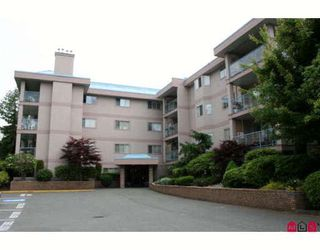 "Photo 1: 14 33110 GEORGE FERGUSON Way in Abbotsford: Central Abbotsford Condo for sale in ""TIFFANY PARK"" : MLS®# F2911918"