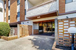 """Photo 2: 111 515 ELEVENTH Street in New Westminster: Uptown NW Condo for sale in """"MAGNOLIA PLACE"""" : MLS®# R2391401"""
