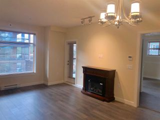 Photo 4: B422 20716 WILLOUGHBY TOWN CENTRE Drive in Langley: Willoughby Heights Condo for sale : MLS®# R2402403