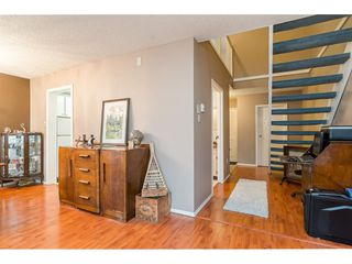"Photo 8: 10 20303 53 Avenue in Langley: Langley City Townhouse for sale in ""McMillan Place"" : MLS®# R2419937"