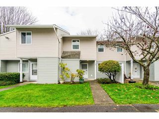 "Photo 1: 10 20303 53 Avenue in Langley: Langley City Townhouse for sale in ""McMillan Place"" : MLS®# R2419937"