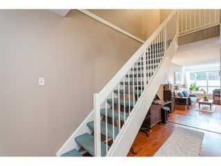 "Photo 3: 10 20303 53 Avenue in Langley: Langley City Townhouse for sale in ""McMillan Place"" : MLS®# R2419937"