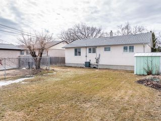 Photo 21: 230 Carson Bay in Winnipeg: Crestview Residential for sale (5H)  : MLS®# 202007601
