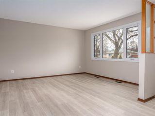 Photo 2: 230 Carson Bay in Winnipeg: Crestview Residential for sale (5H)  : MLS®# 202007601