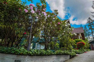 Photo 3: 21336 DOUGLAS AVENUE Avenue in Maple Ridge: West Central House for sale : MLS®# R2456949