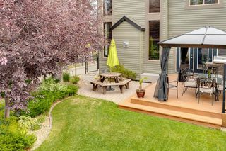 Photo 35: 123 Tremblant Way SW in Calgary: Springbank Hill Detached for sale : MLS®# A1022174