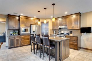 Photo 5: 123 Tremblant Way SW in Calgary: Springbank Hill Detached for sale : MLS®# A1022174