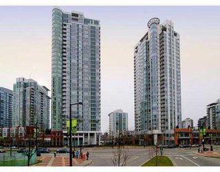 "Photo 1: 1602 193 AQUARIUS MEWS BB in Vancouver: False Creek North Condo for sale in ""193 AQUARIUS MEWS"" (Vancouver West)  : MLS®# V784836"