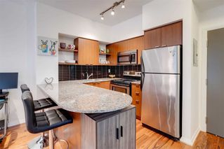 Photo 6: 208 35 Hayden Street in Toronto: Church-Yonge Corridor Condo for sale (Toronto C08)  : MLS®# C4915003