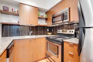 Photo 10: 208 35 Hayden Street in Toronto: Church-Yonge Corridor Condo for sale (Toronto C08)  : MLS®# C4915003