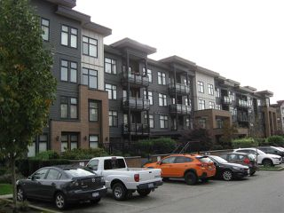"""Photo 26: 301 20078 FRASER Highway in Langley: Langley City Condo for sale in """"Varsity"""" : MLS®# R2510892"""