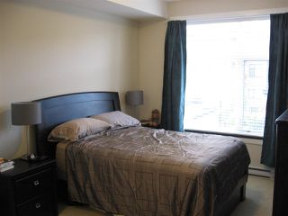 """Photo 11: 301 20078 FRASER Highway in Langley: Langley City Condo for sale in """"Varsity"""" : MLS®# R2510892"""