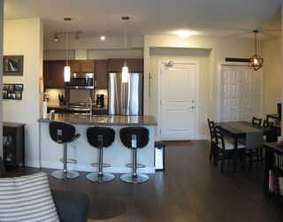 """Photo 6: 301 20078 FRASER Highway in Langley: Langley City Condo for sale in """"Varsity"""" : MLS®# R2510892"""