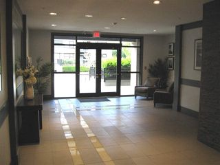 """Photo 22: 301 20078 FRASER Highway in Langley: Langley City Condo for sale in """"Varsity"""" : MLS®# R2510892"""