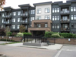 """Photo 3: 301 20078 FRASER Highway in Langley: Langley City Condo for sale in """"Varsity"""" : MLS®# R2510892"""